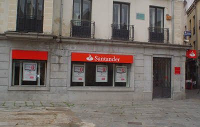 20120525183240-sucursal-banco-santander-39.jpg