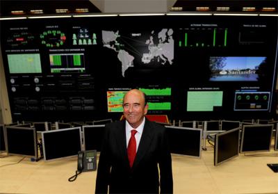 20120530195333-botin-en-sala-de-ordenadore.jpg