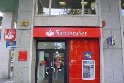 20120531184217-sucursal-banco-santander-36.jpg