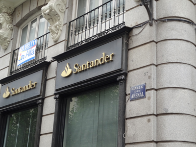 20120628200852-sucursal-banco-santander-49.jpg