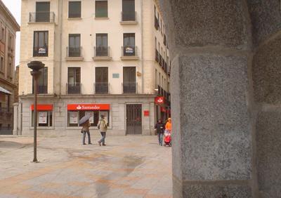 20121102191228-sucursal-banco-santander-41.jpg